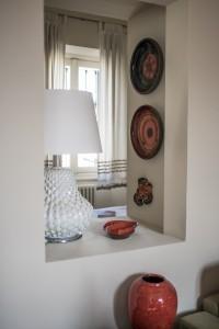 La finestra tra camera e soggiorno
