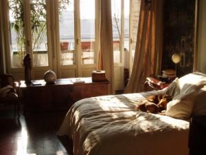 MI-flat-bedroom