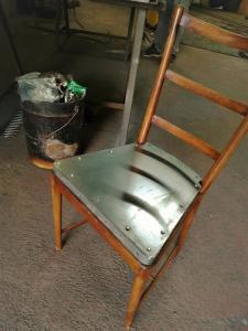 la sedia dal fabbro